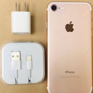 """iPhone 7 128GB FACTORY UNLOCKED"""" Like new with warranty for Sale in Silver Spring, MD"""