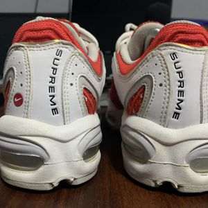 White Supreme Airmax Tailwind IV SZ 9.5 for Sale in Houston, TX