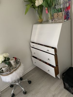 Freshly painted Antique Desk with Three Drawers Beautiful Crystal knobs $150 OBO for Sale in Arcadia, CA