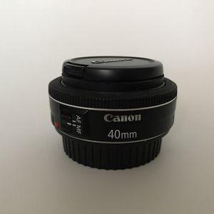 Canon 40mm lens for Sale in Fullerton, CA