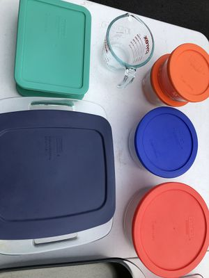 Pyrex serving dishes 12 different for Sale in Sudley Springs, VA