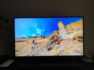 55 inch Insignia Roku TV - condition like NEW for Sale in Chandler, AZ
