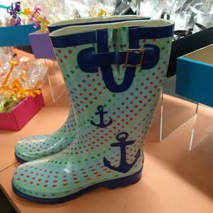 Women's Size 11 Rain Boots for Sale in Chicago, IL