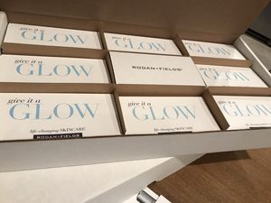 Rodan and Fields Give it a glow packs for Sale in Fresno, CA