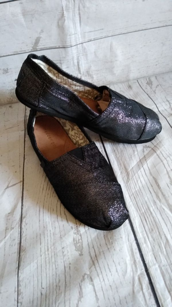 Beautiful Madden Girl Shoes , women's size 8 ( excellent condition )