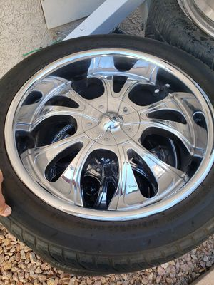4 22inch chrome rims needs new tires...Lts for $100 for Sale in Las Vegas, NV