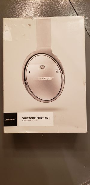 Bose QC35ll Bluetooth Noise Cancelling Headphones. Dedicated Google / Siri Button.. Excellent Condition Original Box and Packaging. for Sale in Phoenix, AZ