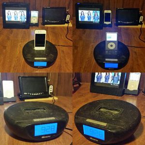 IPod/ IPhone 30- pin Dock for Sale in Cleveland, OH