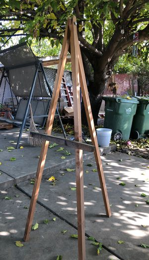 Free easel for Sale in San Jose, CA