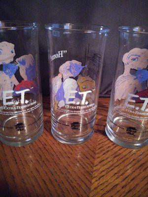 Rare collectible 1982 E.T. pizza hut glasses for Sale in Dinuba, CA