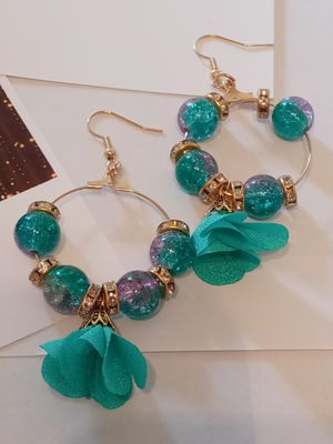 Earrings set for Sale in Moreno Valley, CA
