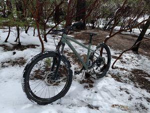 Specialized mountain bike for Sale in San Rafael, CA