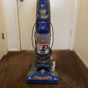 Hoover WindTunnel 2 Rewind (Awesome For Pets) for Sale in Pico Rivera, CA