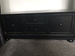 Like new storage table for Sale in Layton, UT