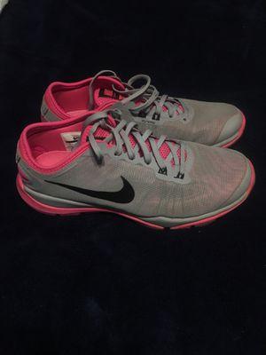 Nike flex supreme tr4 Size 7 for Sale in Houston, TX