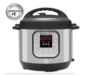 Instant Pot 8 Qt 7-in-1 Pressure Cooker for Sale in Las Vegas, NV