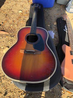 Guitarra acústica eléctrica for Sale in Fairfax, VA