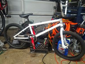 """Kink Mid Town 20"""" BMX for Sale in Riverside, CA"""