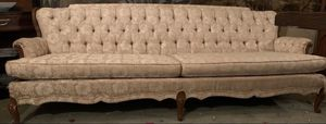 Vintage long floral conversation couch for Sale in Butler, PA