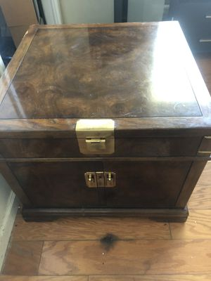 End table for Sale in Carmichael, CA
