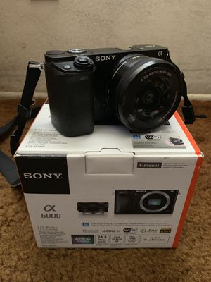 Sony A6000 for Sale in South Gate, CA