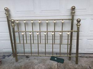 Queen brass bedframe. Safe garage pickup for Sale in Melrose Park, IL