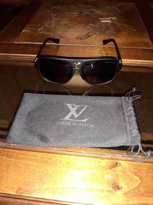 Authentic Louis Vuitton Sunglasses for Sale in Baltimore, MD