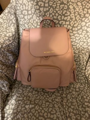 Michael Kors pink backpack for Sale in Mesa, AZ