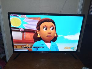 32 inch Flat screen tv for Sale in Mesa, AZ