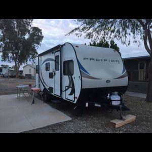 2018 Pacific Coachworks Pacifica Travel Trailer Camper for Sale in Bonita, CA
