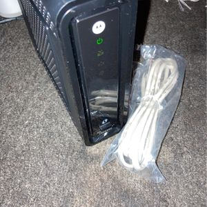 Motorola Surfboard Cable WiFi Gigabit Routers SBG6580 for Sale in San Francisco, CA