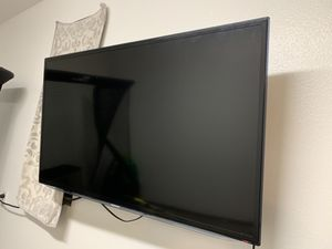 Samsung 46 inch smart tv with mount. for Sale in Corona, CA