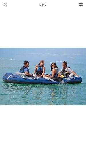 Intex boat like new for Sale in Warren, MI