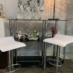 Brand new barstools two in the box $110 for Sale in Pompano Beach, FL