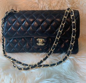 Chanel bag for Sale in Aventura, FL