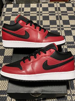 """Air Jordan 1 Low GS """"Bred"""" Size 4.5,5.5,6.5 100% Authentic 100% Brand New for Sale in Philadelphia,  PA"""