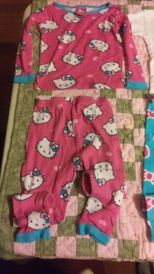 Incredible $10 ..4T Bundle Deals for Her..NEW..Hello Kitty..circo..gymboree..caters.. for Sale in Decatur, GA