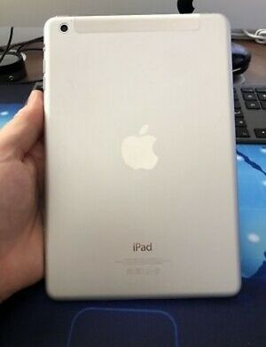 Apple iPad MiNi 1 (32GB ) Wi-Fi Only Excellent Conditions, LiKe NeW for Sale in Springfield, VA