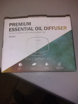 Oil diffuser & aroma humidifier & led changing mood light for Sale in Fresno, CA