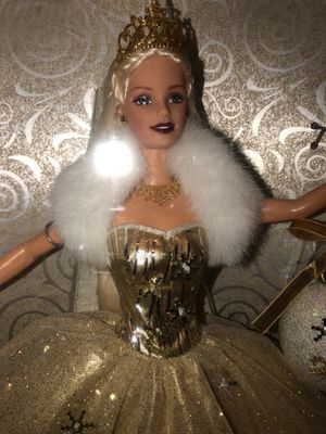 2000 Matel Holiday Barbie Special Edition (not opened) for Sale in Elgin, IL