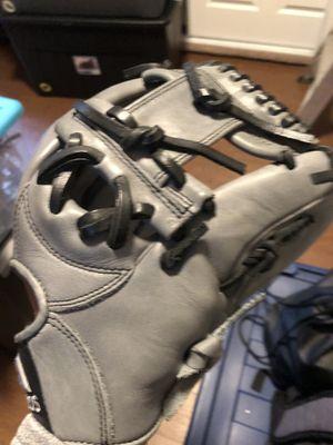 Adidas baseball glove for Sale in Hayward, CA