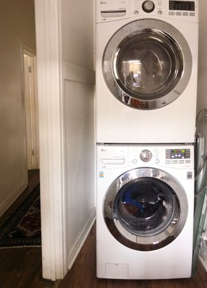 LG Steam Washer Dryer Combo - Still Under Warranty for Sale in Los Angeles, CA