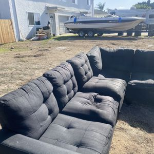 Free Sectional Couch - Black for Sale in San Diego, CA