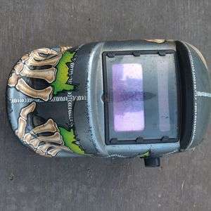 Nice Auto tint welding mask for Sale in Federal Way, WA