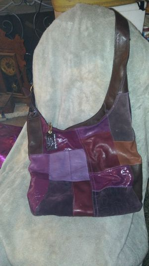 Purple coach purse for Sale in Modesto, CA