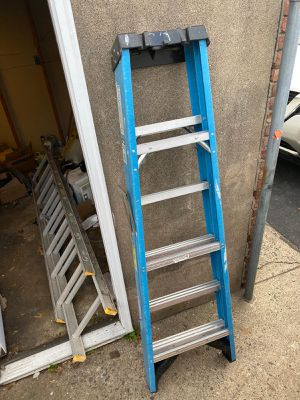 Ladder fiber glass for Sale in Paterson, NJ