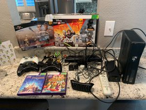 Newer Xbox 360 with extras for Sale in Acampo, CA