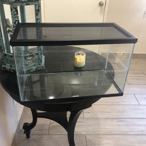 Fish Tank for Sale in Fontana, CA