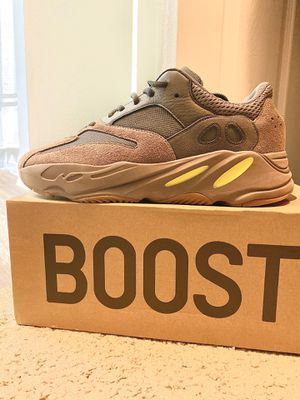 Adidas boost Yeezy 700 Mauve for Sale in Euless, TX