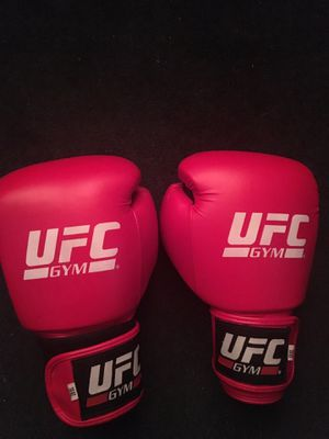 UFC boxing gloves for Sale in Las Vegas, NV